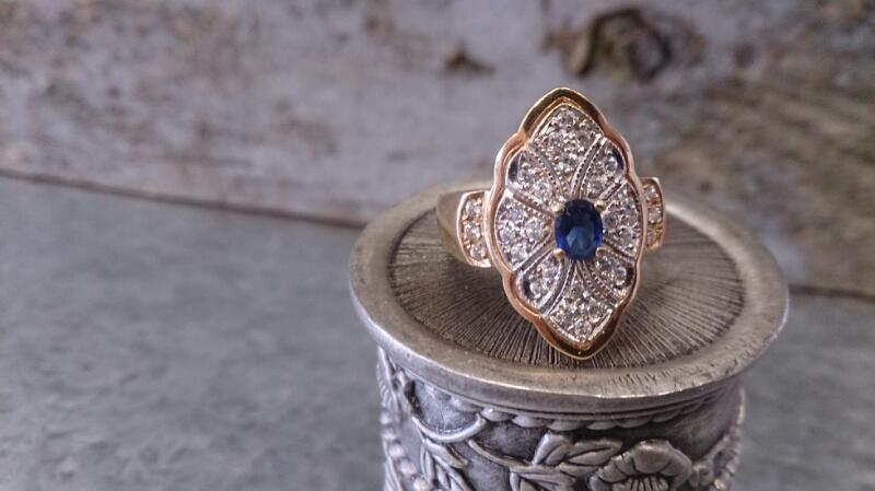 Synthetic Cubic Zirconia Lady's blue Stone Ring 14K