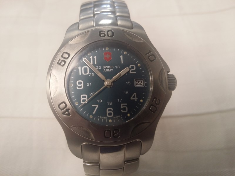 SWISS ARMY VICTORINOX WATCH
