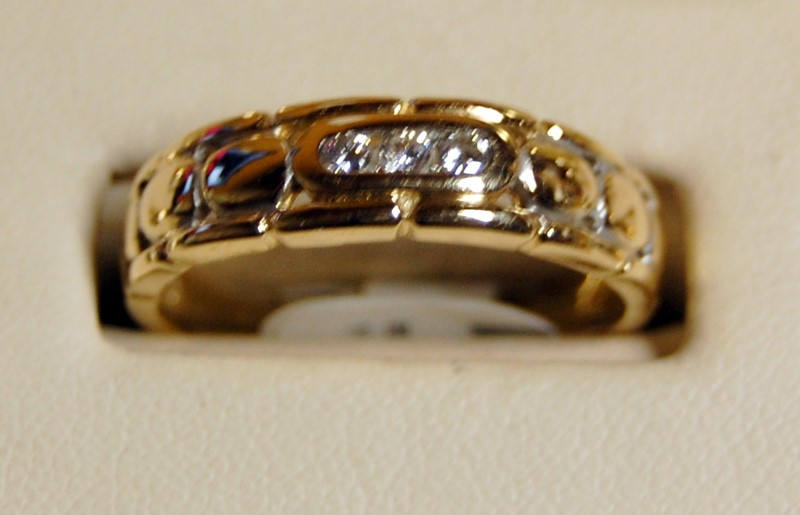 14K Yellow Gold Gent's Diamond Wedding Band 4.7G 0.18CTW Size 10