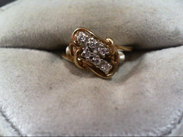 Lady's Diamond Cluster Ring 6 Diamonds .06 Carat T.W. 14K Yellow Gold 1.9g