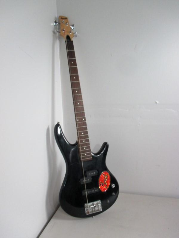 IBANEZ Bass Guitar GIO BASS