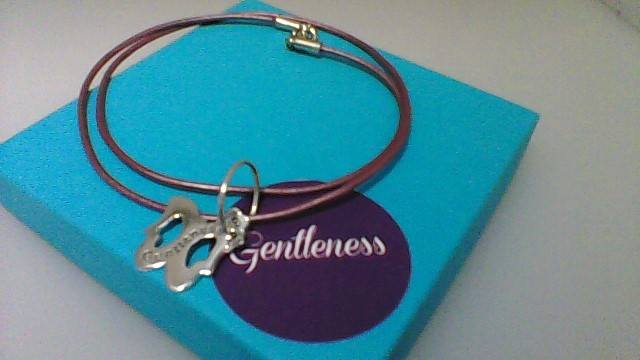 SISTER ACCORD NECKLACE-GENTLENESS