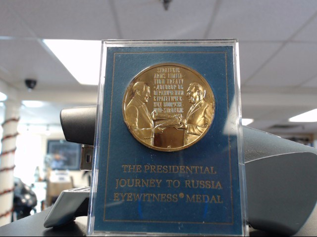 FRANKLIN MINT Silver Coin THE PRESIDENTIAL JOURNEY TO RUSSIA EYEWITNESS