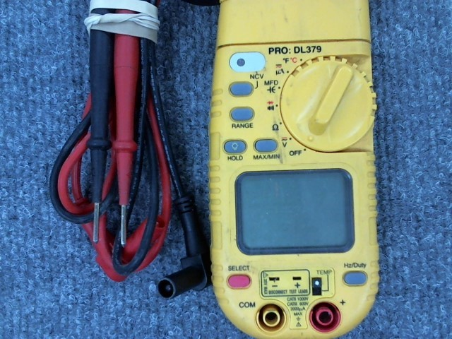 UEI Multimeter DL379