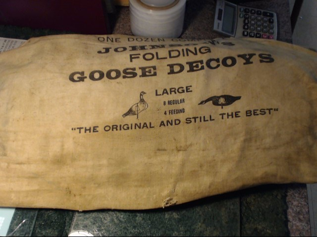 JOHNSONS FOLDING GOOSE DECOYS