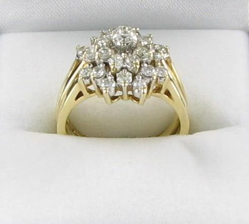 Lady's Diamond Wedding Set 26 Diamonds 1.45 Carat T.W. 14K Yellow Gold 5.25dwt
