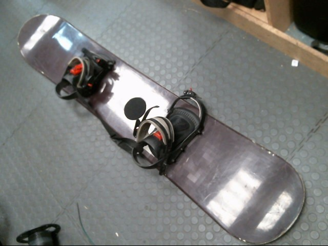 VISION SNOWBOARD DIGITAL 163 w/Bindings