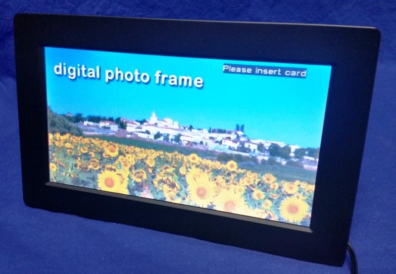 VENTURER DIGITAL PHOTO FRAME DPF811SE