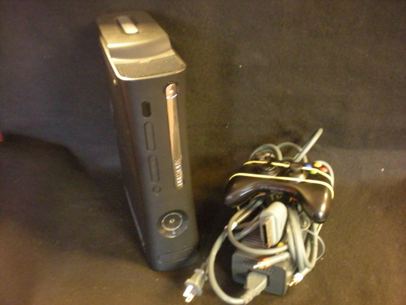 MICROSOFT Video Game System XBOX 360 120GB - CONSOLE