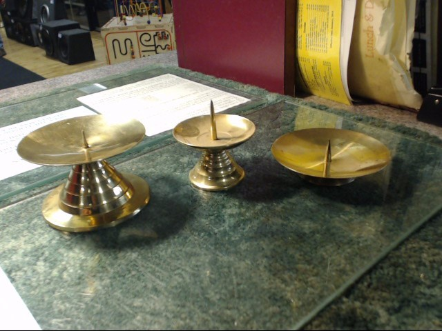 3PC BRASS CANDLE HOLDER SET