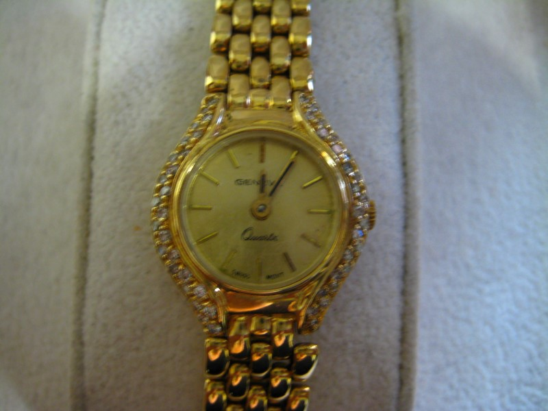 GENEVE Lady's Wristwatch QUARTZ