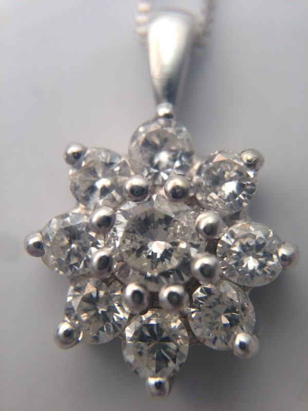 Gold-Multi-Diamond Pendant 9 Diamonds 1.00 Carat T.W. 14K White Gold 1.81g
