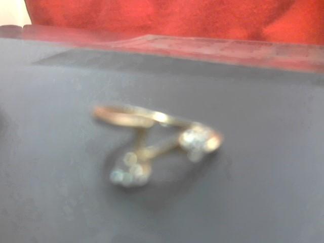 Lady's Diamond Fashion Ring 6 Diamonds .18 Carat T.W. 14K Yellow Gold 2.4g