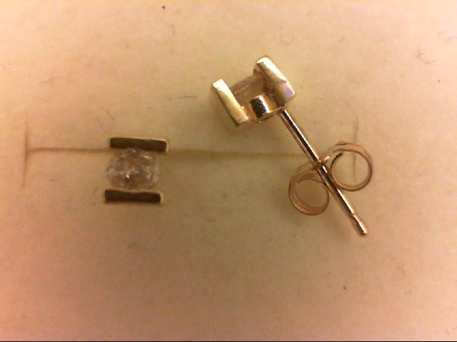 Gold-Diamond Earrings 2 Diamonds 0.24 Carat T.W. 14K Yellow Gold 1g