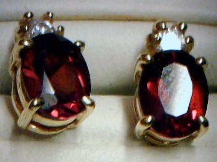 Synthetic Almandite Garnet Silver-Stone Earrings 925 Silver 1.7dwt