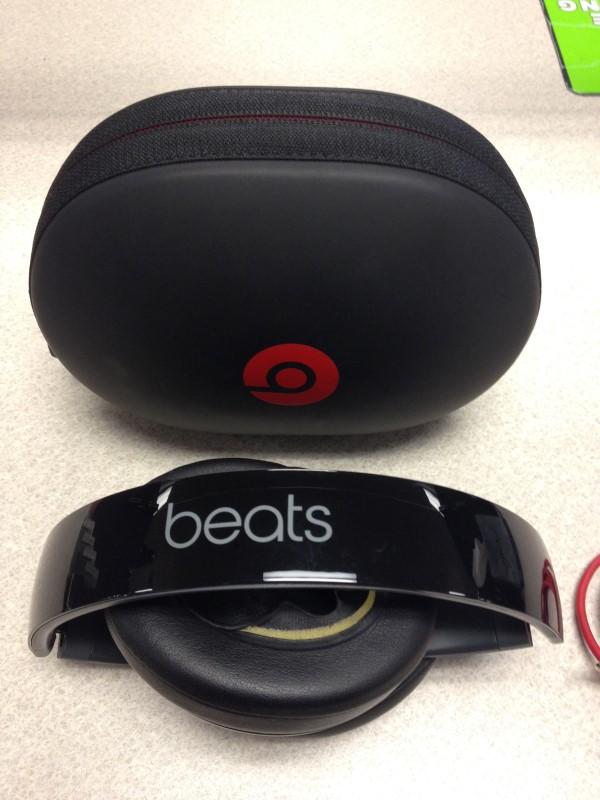 BEATS AUDIO BEATS BY DRE STUDIO 2.0 WIRELESS HEADPHONES