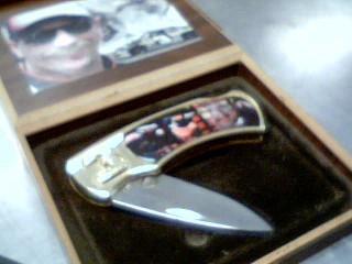 DALE EARNHARDT KNIFE,CASE