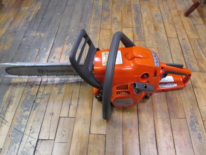 how to start husqvarna 240 chainsaw