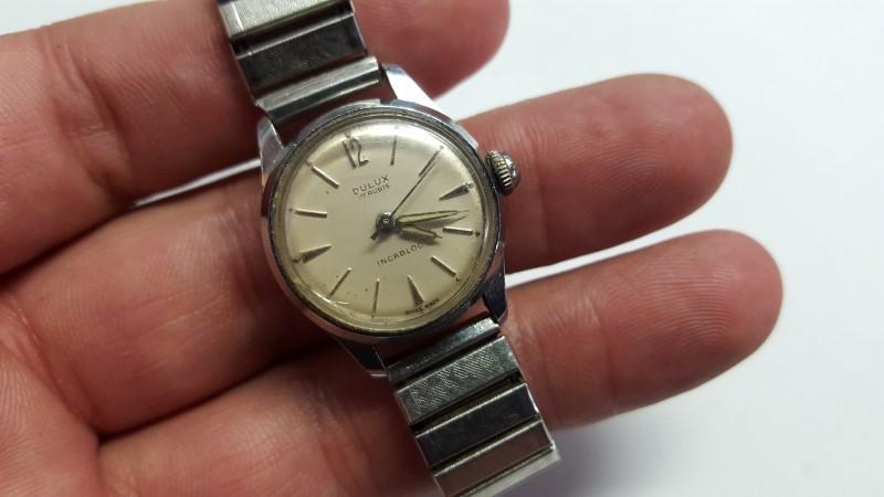 DULUX Lady's Wristwatch INCABLOC