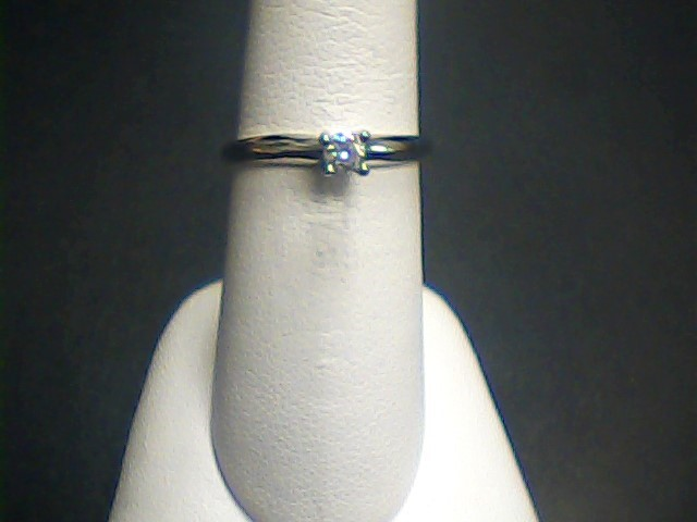 Lady's Diamond Solitaire Ring .15 CT. 14K White Gold 1.2dwt