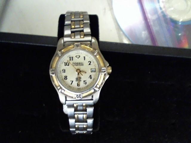 FOSSIL Lady's Wristwatch NV