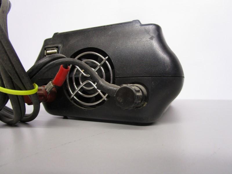 DIEHARD MOBILE 750 W POWER INVERTER