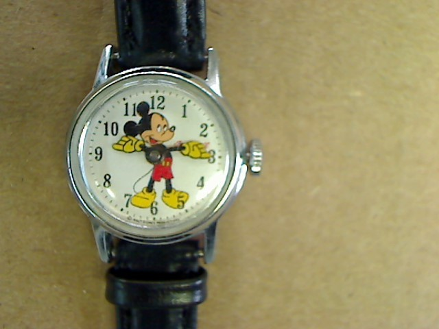 1970'S VINTAGE MICKEY MOUSE WATCH