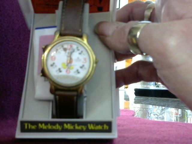 LORUS Gent's Wristwatch MICKEY MOUSE