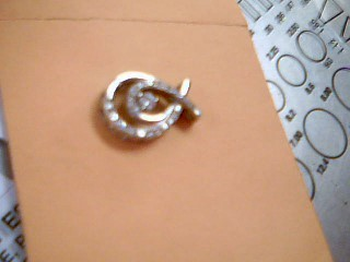Gold-Diamond Solitaire Pendant 23 Diamonds .35 Carat T.W. 10K White Gold 2.1g