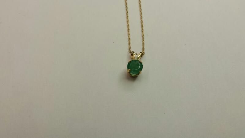 Emerald Gold-Stone Pendant 14K Yellow Gold 0.5dwt