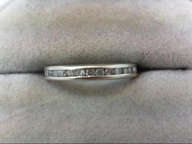 Lady's Diamond Wedding Band 14 Diamonds 0.28 Carat T.W. 10K White Gold 1.7g