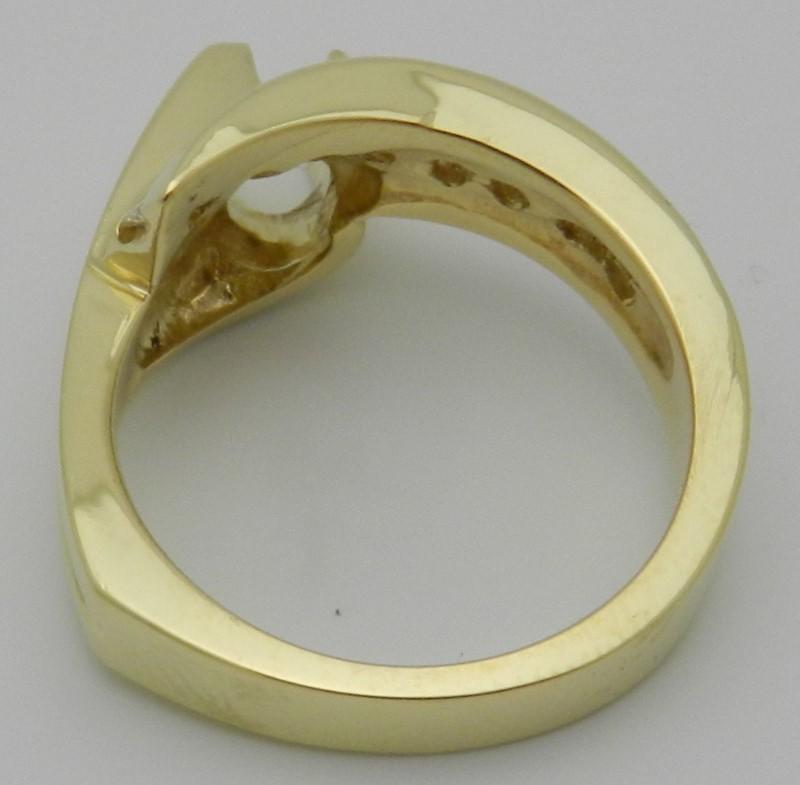 Lady's Diamond Fashion Ring 11 Diamonds .66 Carat T.W. 18K Yellow Gold 9.1g