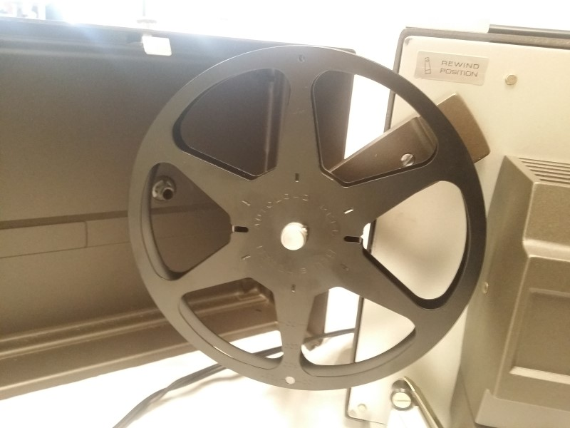 VINTAGE BELL & HOWELL AUTOLOAD SUPER 8MM MOVIE PROJECTOR - 356A