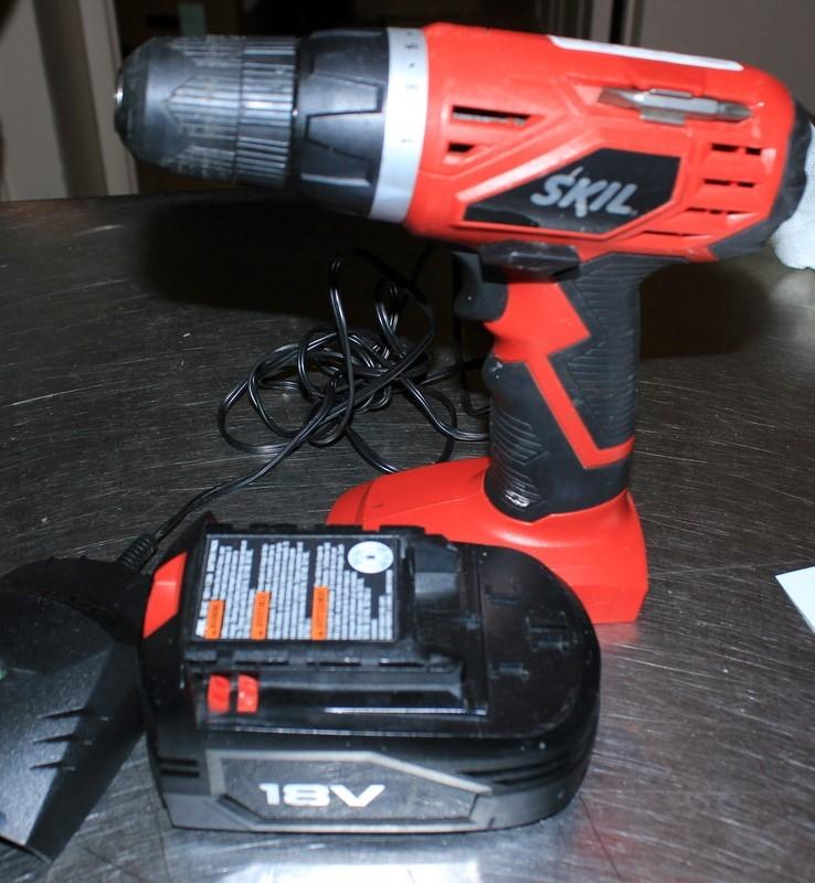 SKIL Cordless Drill 2860