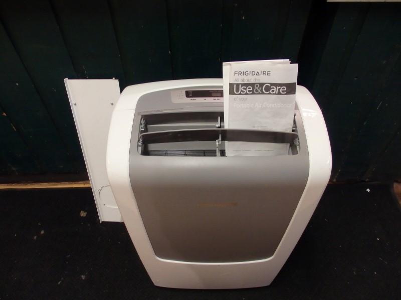 FRIGIDAIRE Air Conditioner 9000BTU AC