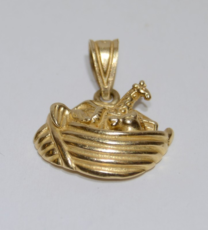 Gold Pendant 14K Yellow Gold 2.08g