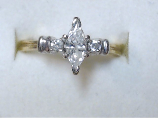 DIAMOND RING  14KT  3.5G   S-7