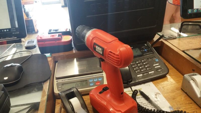 BLACK&DECKER Cordless Drill GC1800