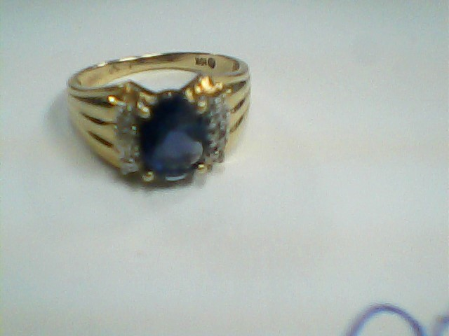 Lady's Gold Ring 10K Yellow Gold 1.7dwt