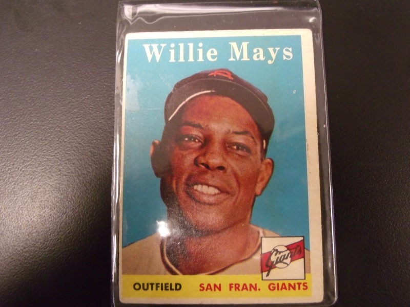 T.C.G. PRTD Sports Memorabilia WILLIE MAYS OUTFIELD SAN FRAN. GIANTS