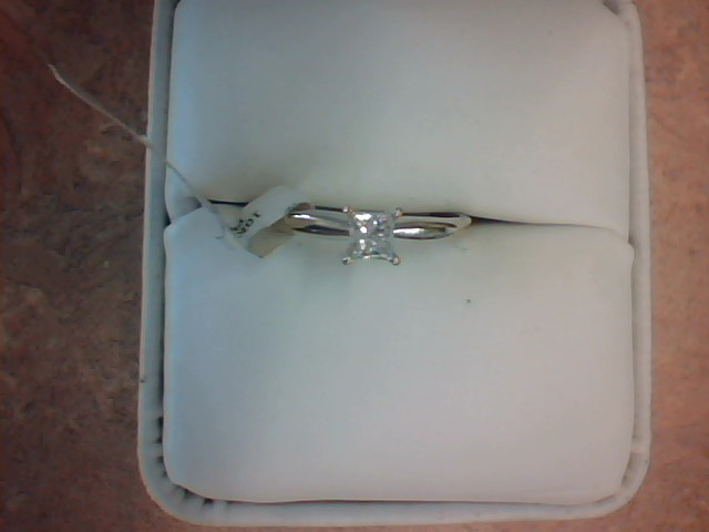 DIAMOND RING JEWELRY , 10KT, 1.8