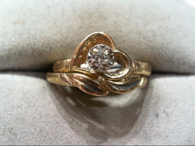 Lady's Diamond Wedding Set .05 CT. 14K Yellow Gold 4.1g