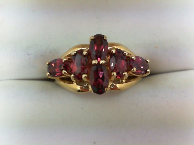 Almandite Garnet Lady's Stone Ring 10K Yellow Gold 2.8g