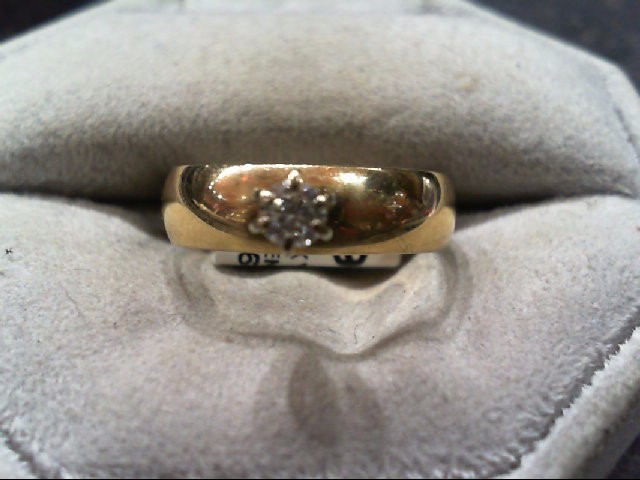 Lady's Diamond Engagement Ring .12 CT. 14K Yellow Gold 3.4g