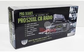 UNIDEN 2 Way Radio/Walkie Talkie PRO 520XL
