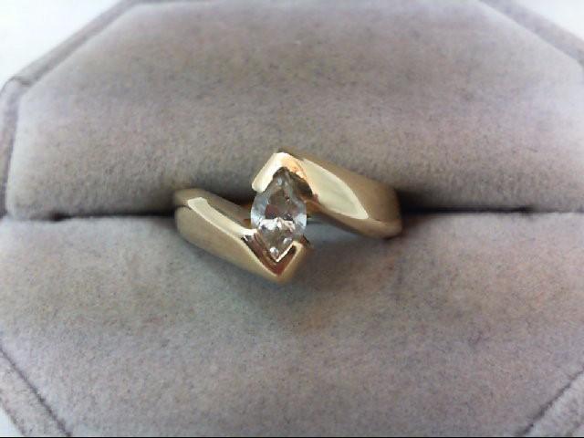 Lady's Diamond Engagement Ring .34 CT. 14K Yellow Gold 4.4g