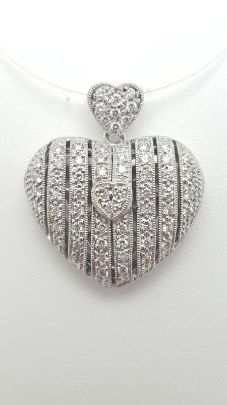 14kw Gold Heart locket Pendant 40 Round Diamonds .40 Carat T.W. 5.8g