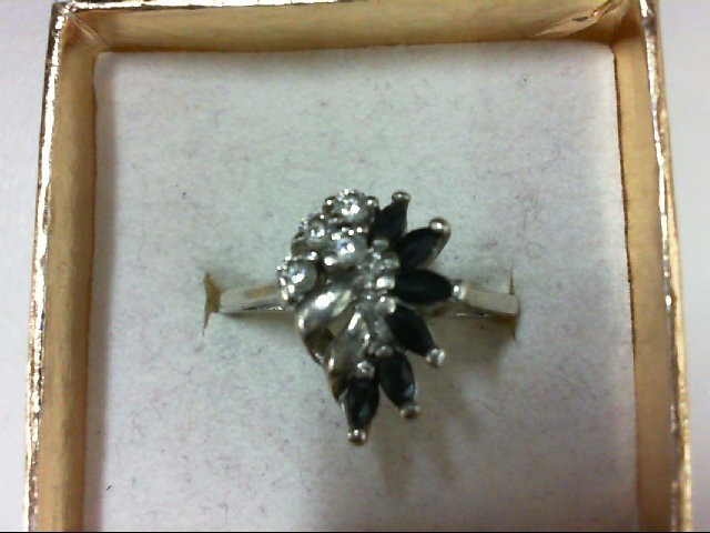 Lady's Silver Ring 925 Silver 4.2g Size:8