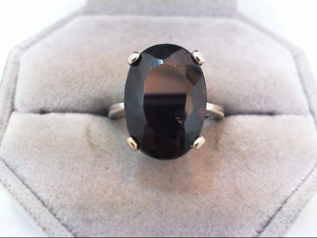 Lady's Gold Ring 14K White Gold 6.4g