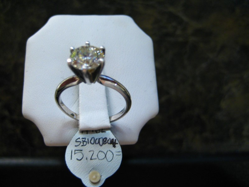 Gent's Diamond Solitaire Ring 0.01 CT. 14K 2 Tone Gold 6.5g